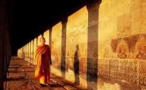 这才是确保佛教徒成就的真正的无敌金刚法