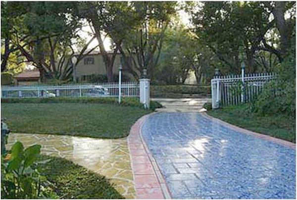 第三世多杰羌佛五明成就 工巧明之建筑庭园风景 第3张