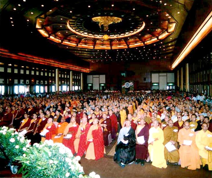第三世多杰羌佛被公认为 显密圆通、五明俱足的大法王正宗佛教大师 第2张